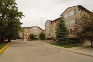 Featured Condo: Oak Ridge Pointe Condominiums at 697 St. Annes Rd. in Winnipeg