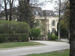 Featured Neighbourhood: Wellington Crescent in Winnipeg Featured Neighbourhoods Latest Posts Winnipeg News & Events