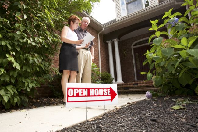 How To Visit An Open House!