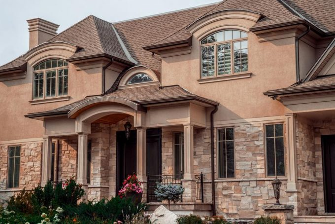 Staging Your Home Exterior In The Fall Season - Tips From The Pros Latest Posts  Autumn Curb Appeal Home Staging investment Landscaping Selling a House Windows
