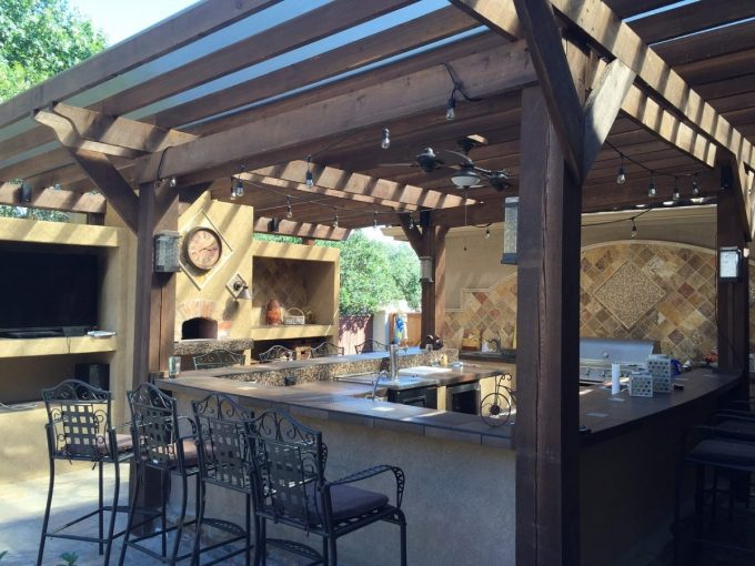 An outdoor kitchen as part of your backyard renovations