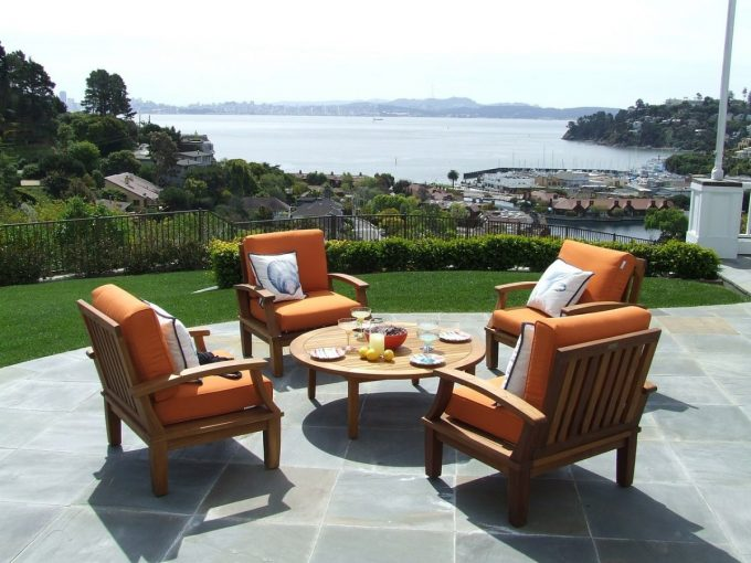 Backyard Renovations - 6 Project Ideas To Increase Your Property Value Home Improvements Latest Posts  Curb Appeal Foundation Home Improvements investment Kitchen Landscaping Luxury Homes Spring Summer Winter