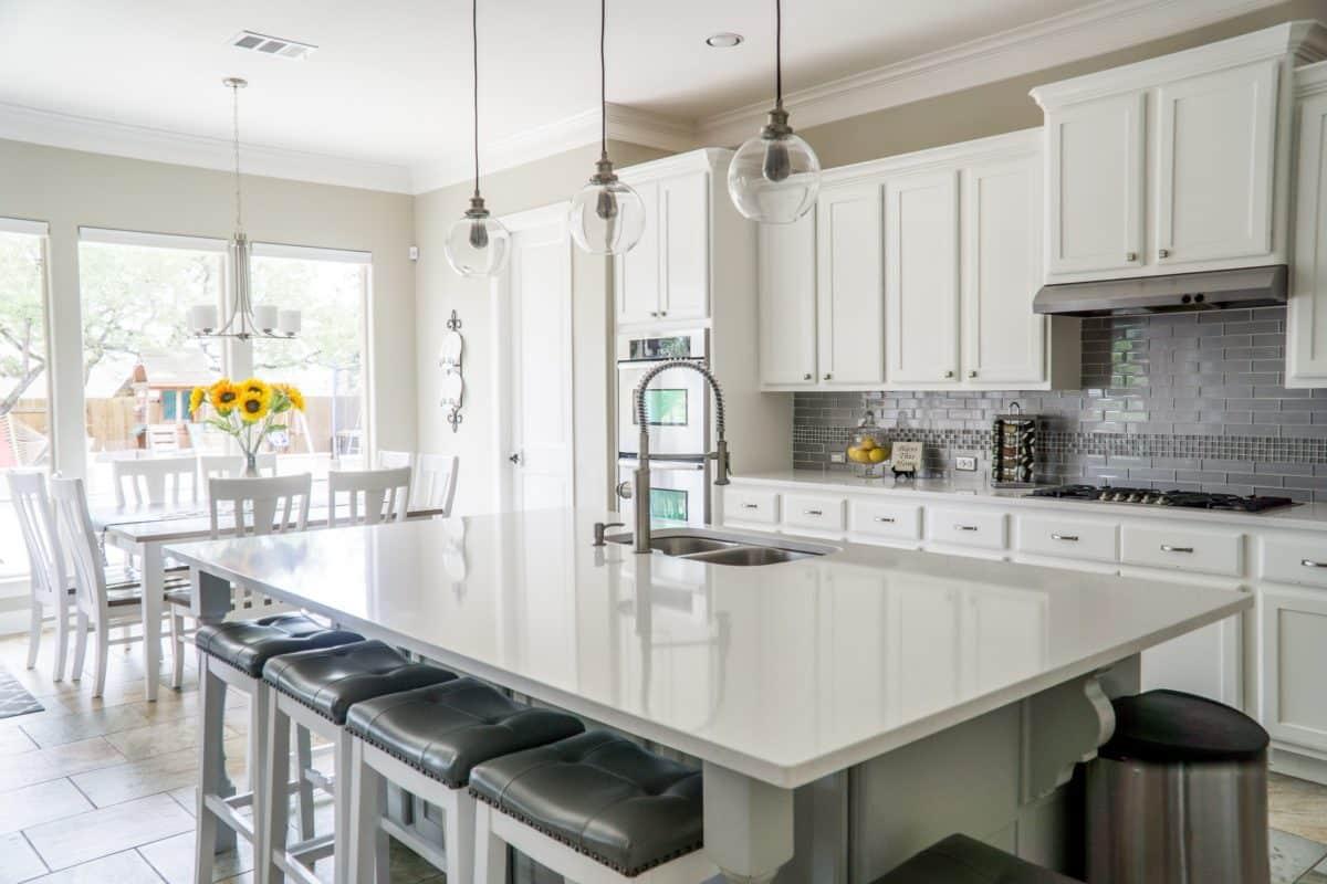 https://blog.winnipeghomefinder.com/kitchen-renovation-trends-2019/