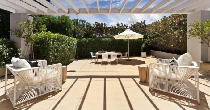 Tips for Decorating Your Deck or Patio for Summer